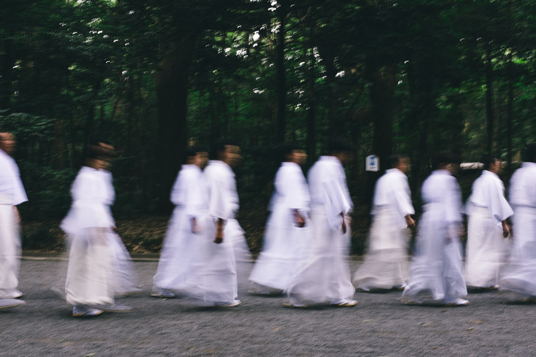 There was a ritual going on: there were dozens of people all dressed in white walking in complete silence