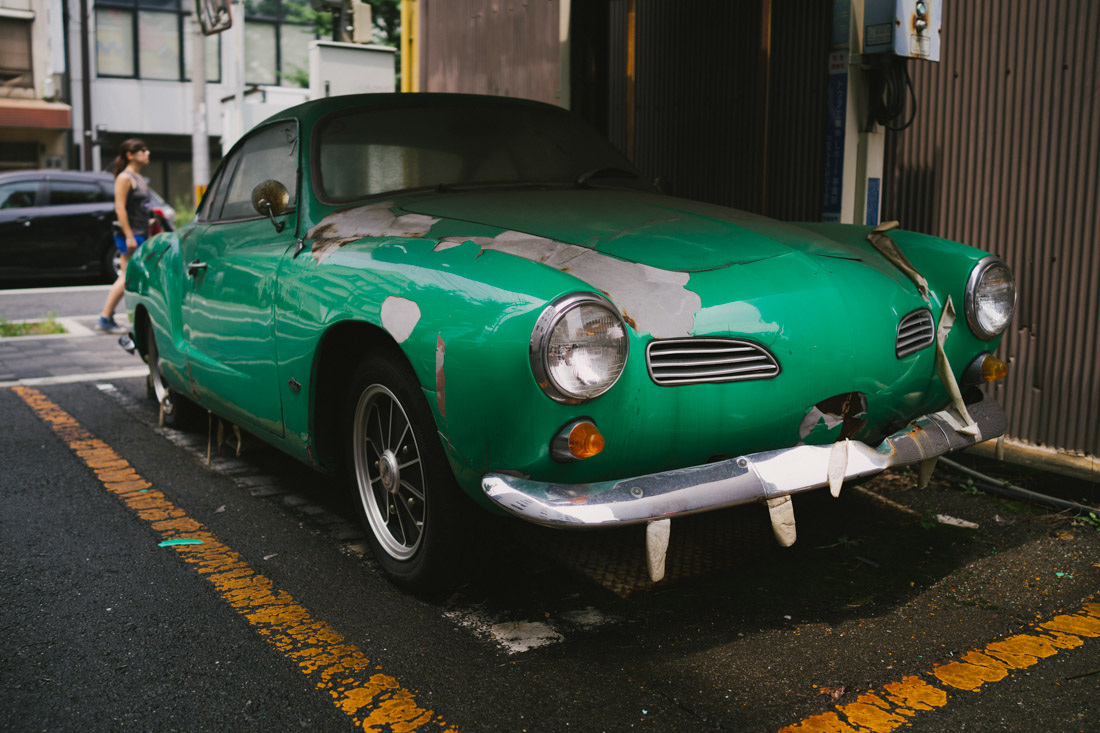 On the way to Nijo Castle we saw this amazing Volkswagen Ghia.
