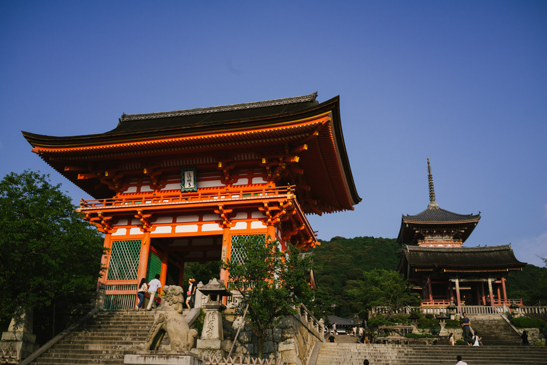 Entrance to Kiyomizu temple.