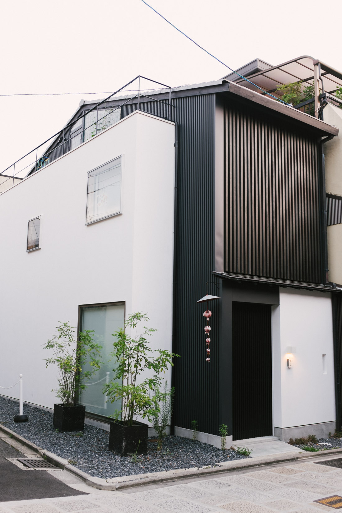 Awesome modern house in the Gion district, known for its traditional houses.
