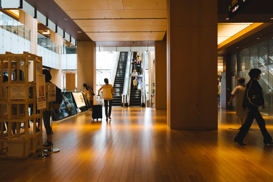 The mall inside Tokyo Midtown. The wooden floor conveyed such a unique, relaxing atmosphere.