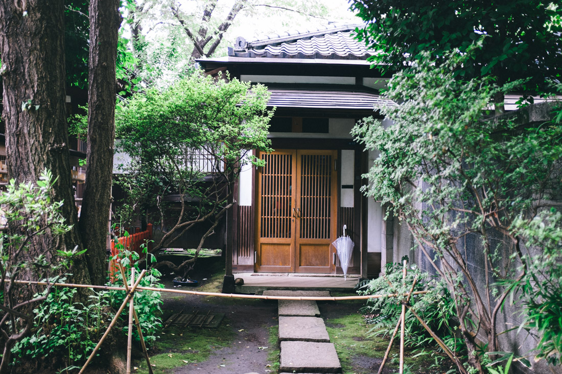 Side house at the shrine.