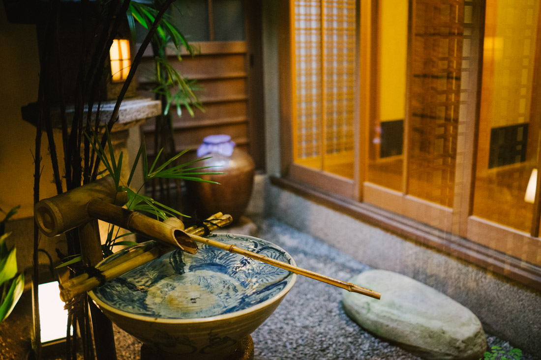 Bamboo water clock, a very usual sight in Japan, here in Shiraume's indoors garden.